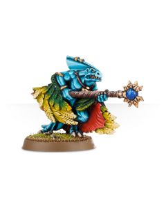 Warhammer AoS: Seraphon: Skink Priest With Feathered Cloak
